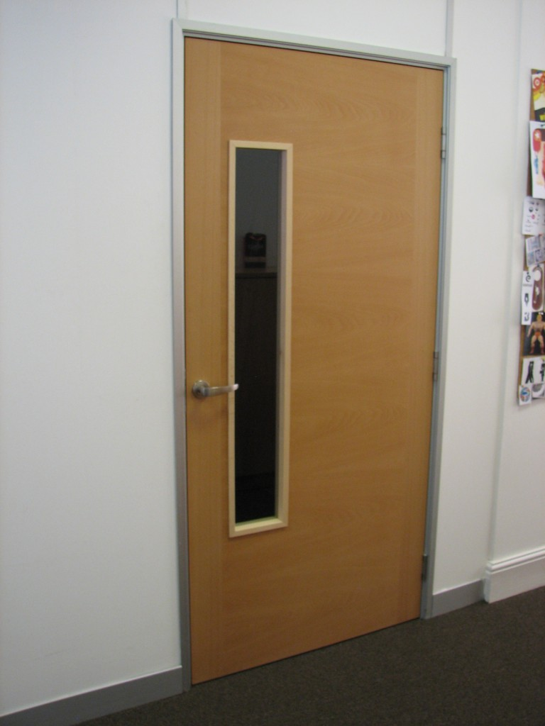 Bespoke veneered doors read veneers essex london for Door vision panel
